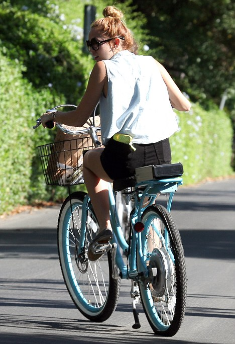Miley Cyrus On Electric Bike Electricbike Com