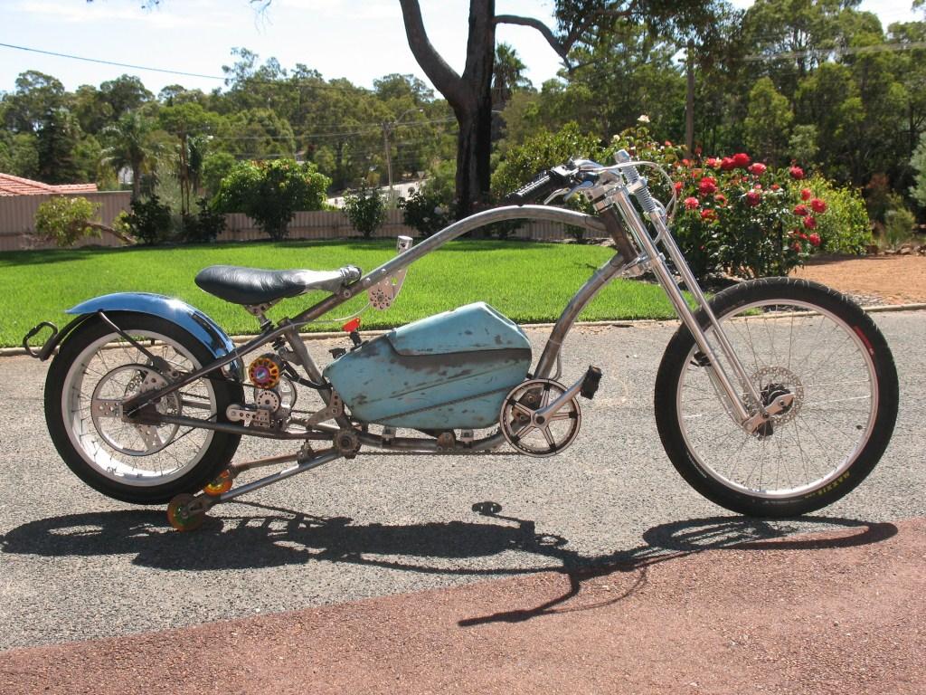blue trike before paint