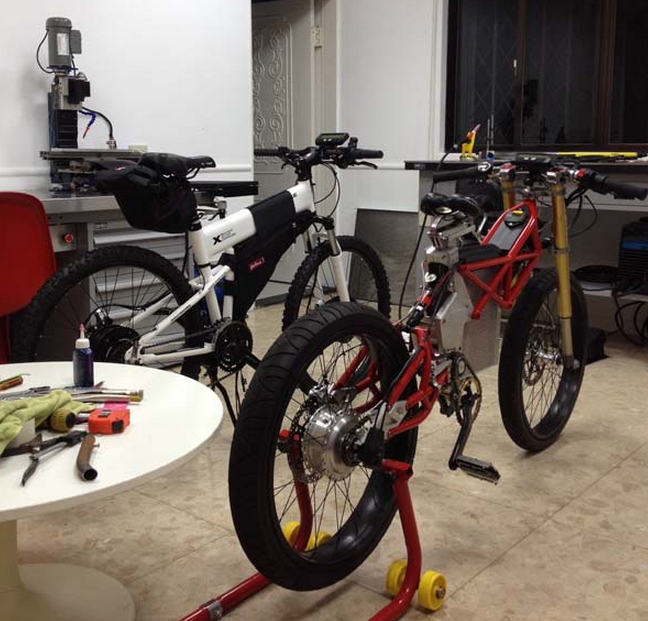 "Bens ""Dogati"" Super Electric Bike, and the his new Dusty cycle AWD."