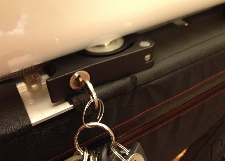Here's a close-up of the key-lock seat-tube clamps which have been re-purposed as battery pack locks.
