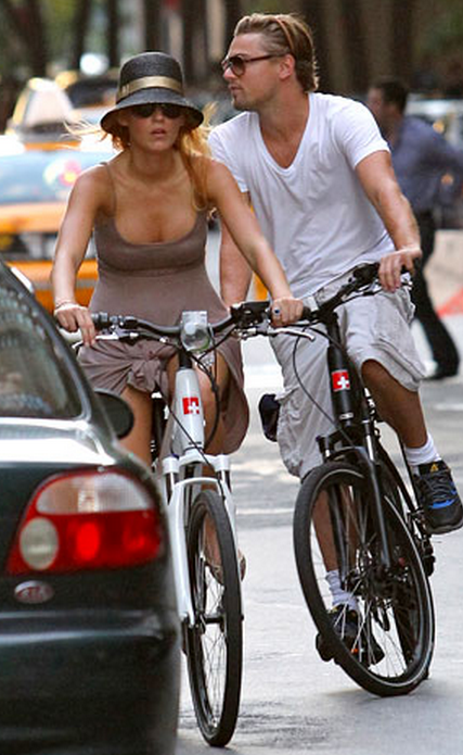 Leo DiCaprio and friend on Stromer electric bikes.