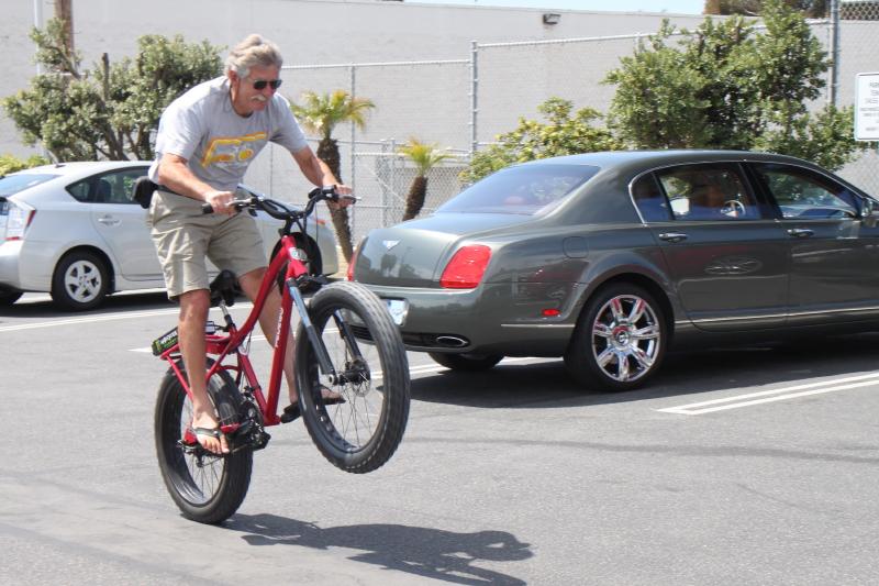 #1 intro   Pedego Trail Tracker   Wheelie